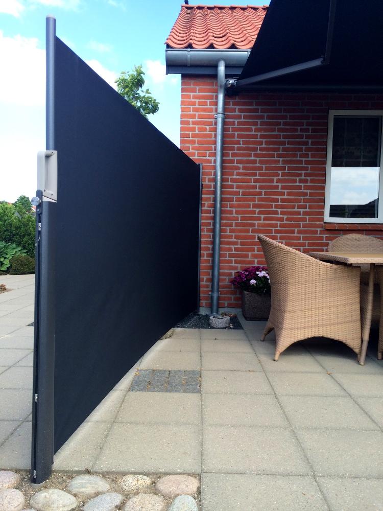 Læ og skygge på terrassen med markiser