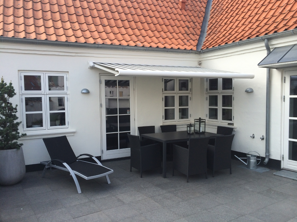 Moderne Markise moderne markise tilpasset ældre hus